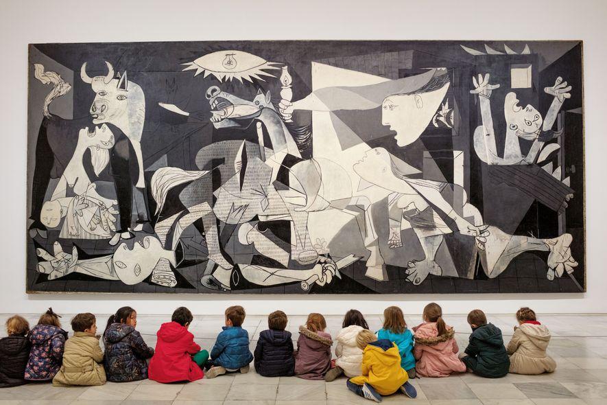 """""""Guernica"""" entstand 1937 als Reaktion auf die Zerstörung der gleichnamigen baskischen Stadt durch deutsche und italienische ..."""