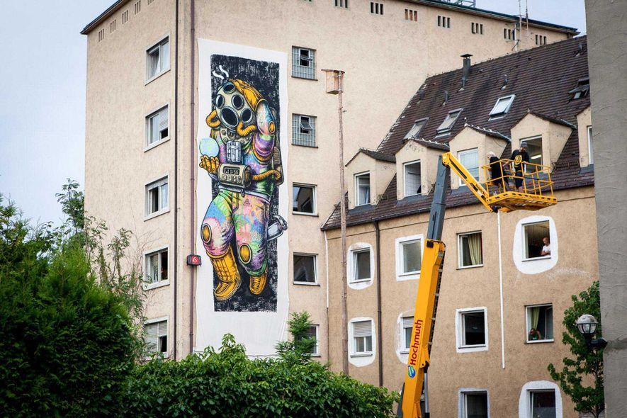 Eine Außenansicht des Grandhotels Cosmopolis im Augsburger Domviertel.