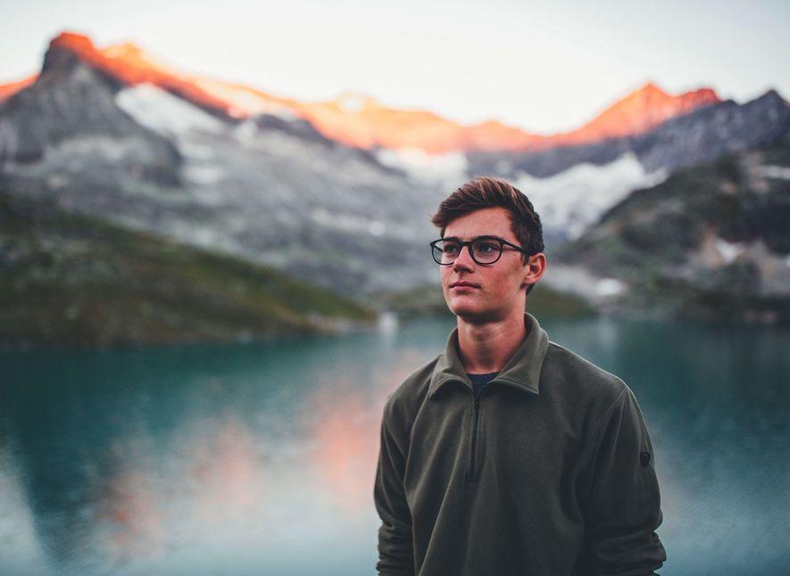 """""""Just a boy with a camera"""": So stellt sich der 17-jährige Schüler Jannik Obenhoff bei Instagram ..."""