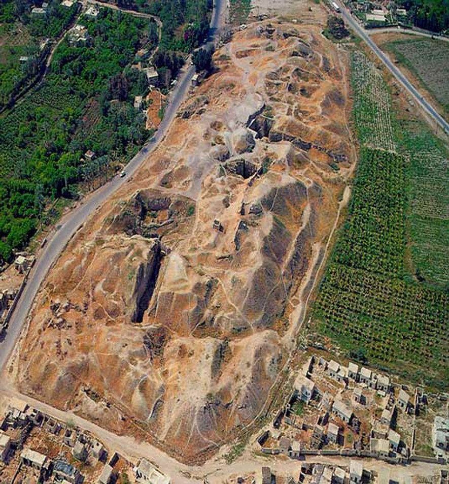 Eine Luftaufnahme von Tell es-Sultan, Jericho, Westjordanland. Schon vor etwa 12.000 Jahren begannen die Menschen mit ...