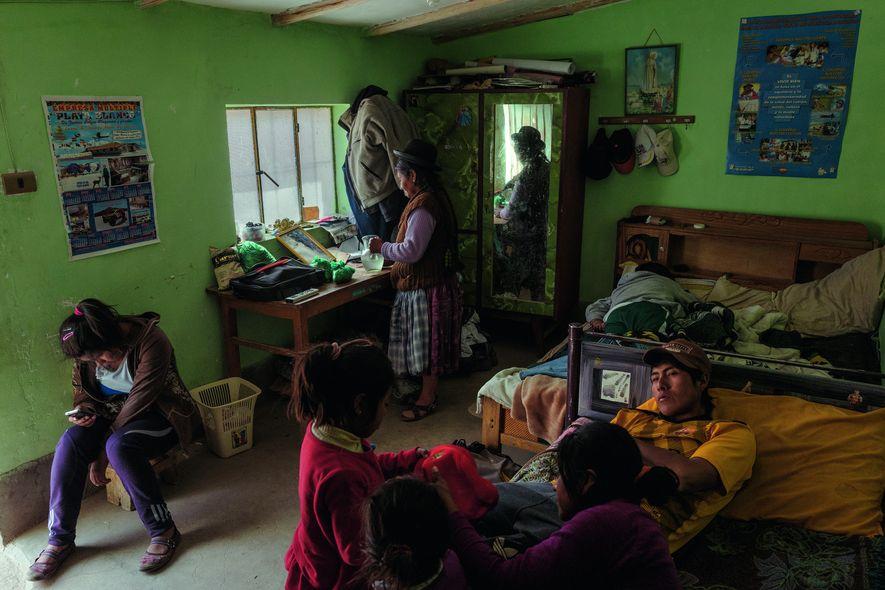 Lithium, Bolivien, Familie Aymara