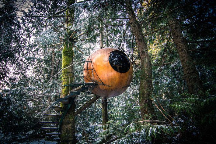 Maguire House der Free Spirit Spheres auf Vancouver Island