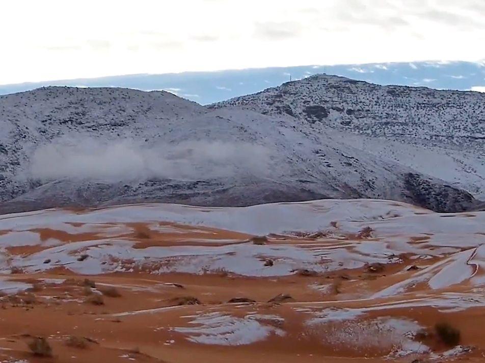 Schnee in der Sahara