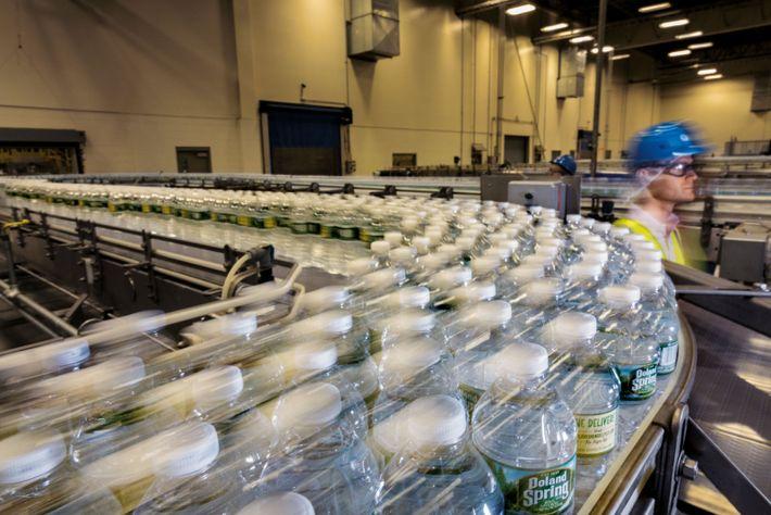 Plastikflaschen Nestlé