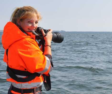 """""""Ein unvergessliches Naturerlebnis"""". Robbenforscherin Linda Westphal vom Deutschen Meeresmuseum in Stralsund."""