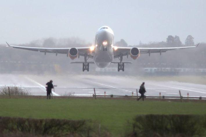 Drohnensichtungen über dem Flughafen
