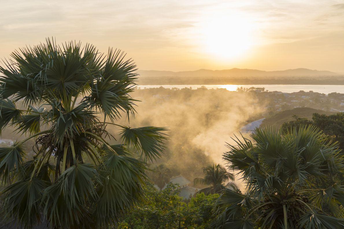 Sonnenuntergang in Myanmar.