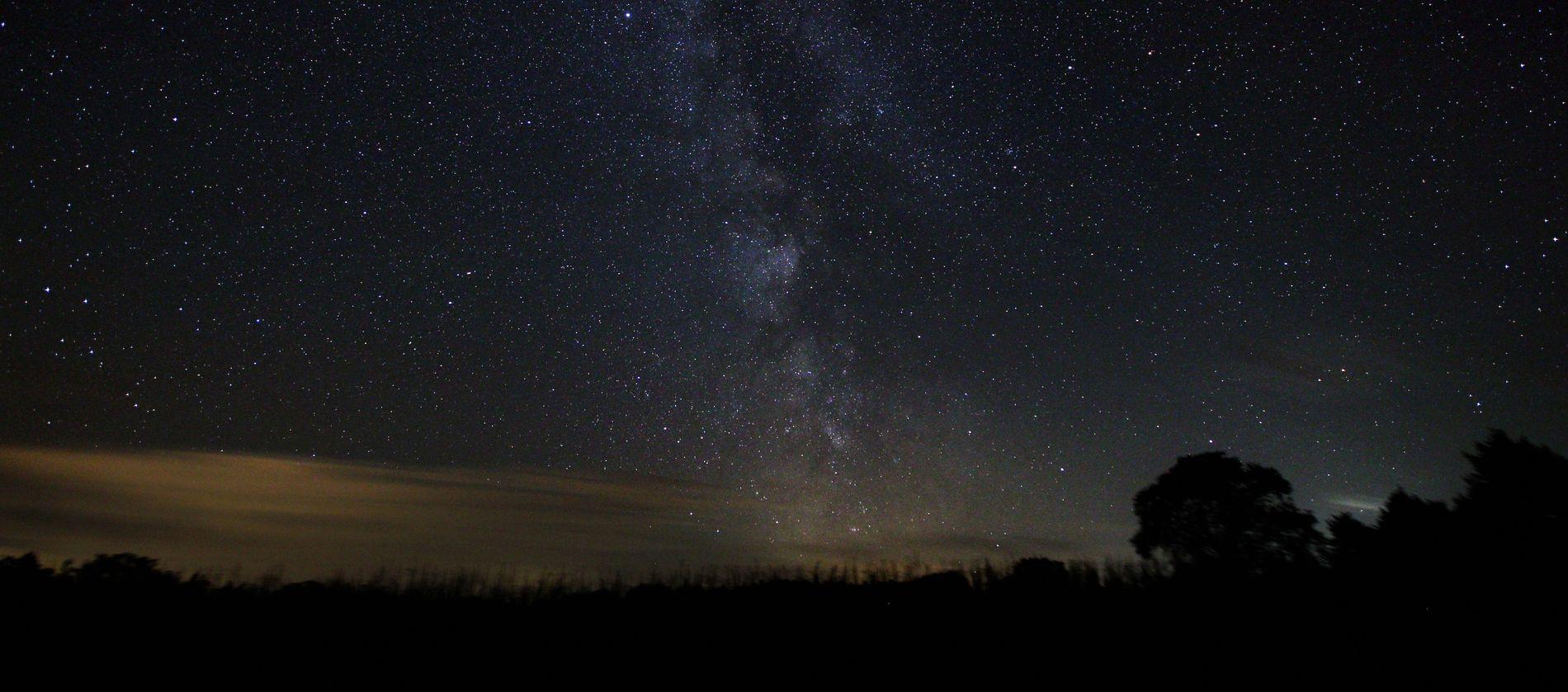 Die Milchstraße, fotografiert vom Sternenpark Westhavelland aus.