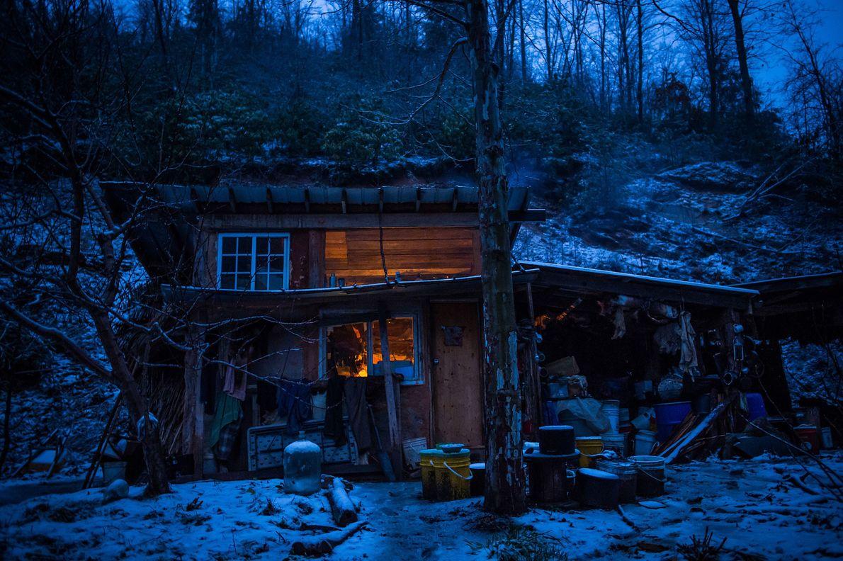 Die Rattenhütte an einem Winterabend