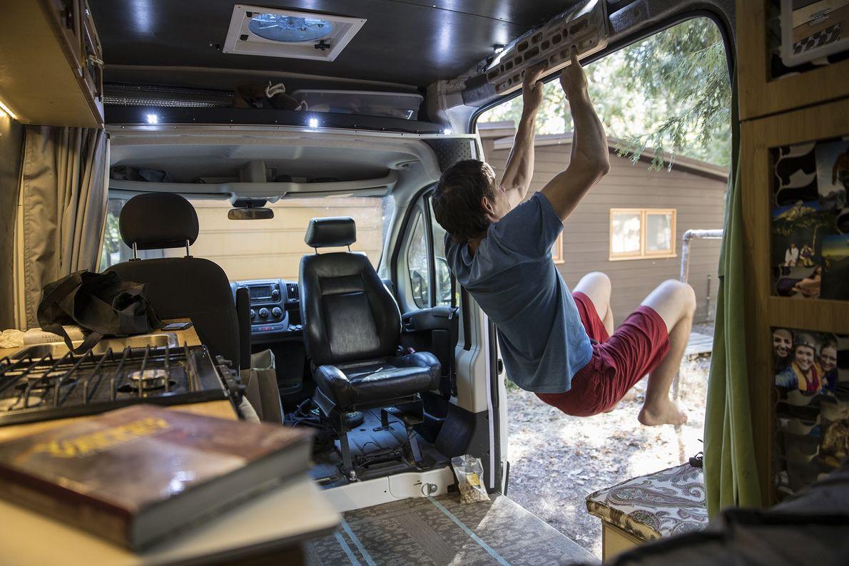 Alex Honnold exercising in van