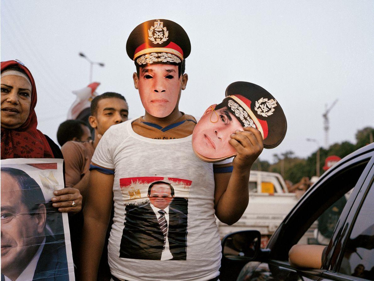 Während der Präsidentschaftswahlen 2014 verkauft ein Mann in Kairo Masken von Abd al-Fattah as-Sisi. Der Exgeneral ...