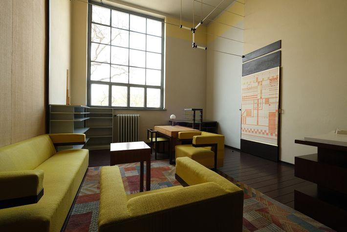 Direktorenzimmer von Bauhaus-Gründer Walter Gropius
