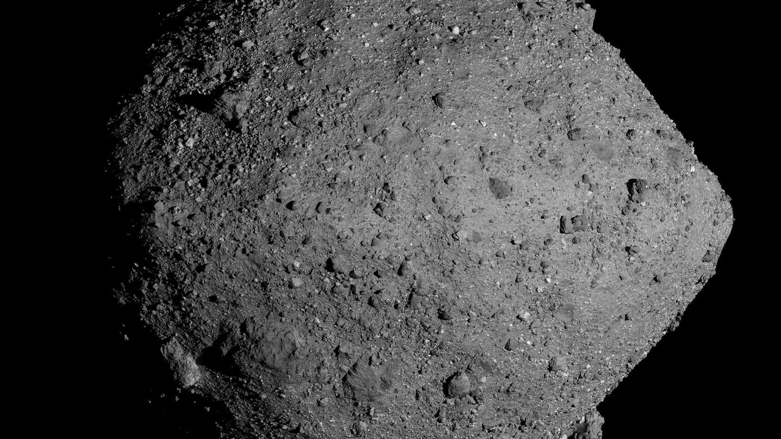 Wissenschaftler der NASA haben berechnet, dass von dem Asteroiden Bennu – obwohl die Wahrscheinlichkeit nur gering ...