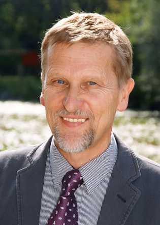 """Dr. Günther Bernatzky ist Autor des Buches """"Musik und Medizin"""" (Springer, 2015). Das Buch stellt den ..."""