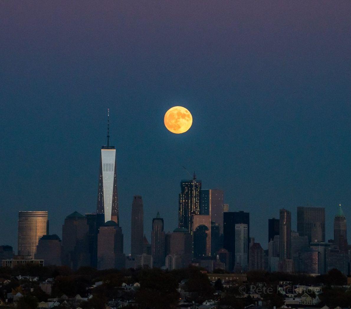 Der Supermond über Manhattan im November 2016 war der größte und hellste seit fast 70 Jahren.