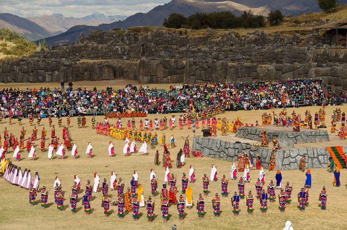 Das traditionelle peruanische Fest Inti Raymi erreicht seinen Höhepunkt am 24. Juni.
