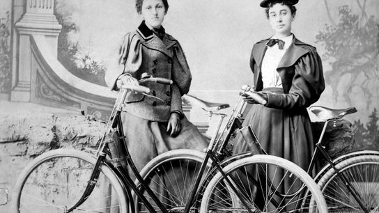 Die erste Tour de France wurde im Juli 1903 ausgetragen. Von den 60 Radfahrern, die am ...