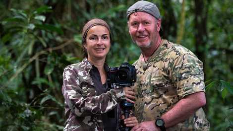 Regenwald-Experten, Fotografen und Autoren: Sandra Hanke und Dieter Schonlau leben oft mehrere Monate im Jahr in ...