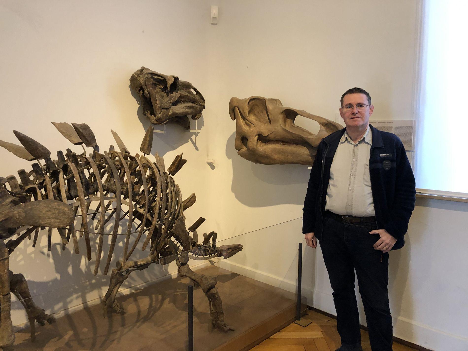 """Im Knochen liegt die Wahrheit: Paläobiologe Hervé Bocherens erforscht im Rahmen des Senckenberg-Projekts """"Edmonds Urzeitreich"""" das ..."""