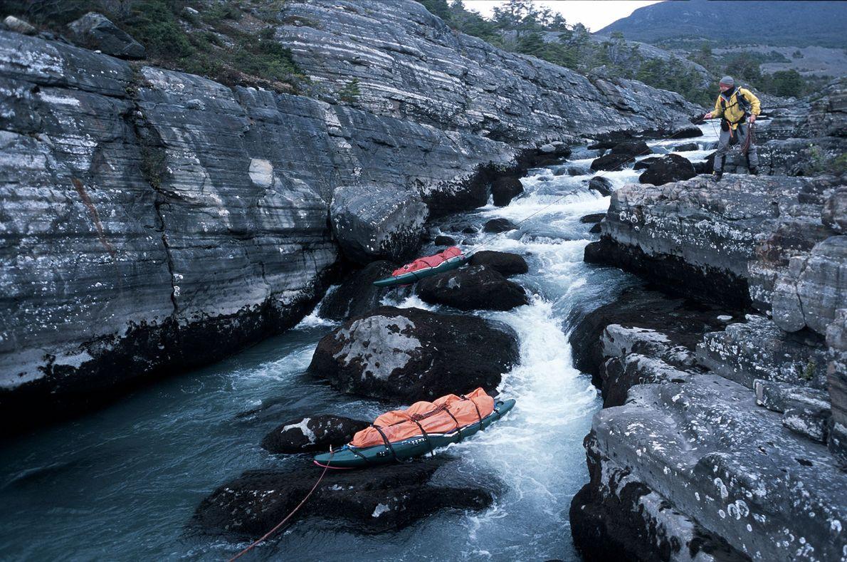 Kajaks im Fluss