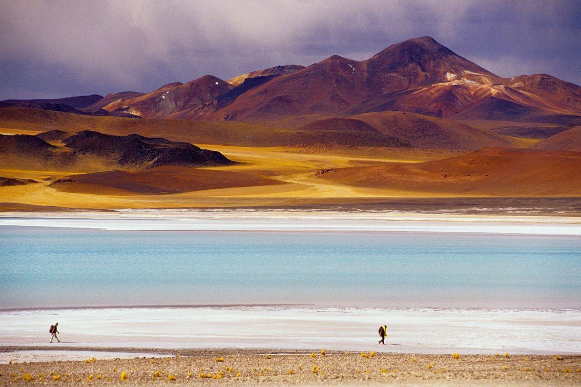 Wanderer an der Laguna de Tuyajito