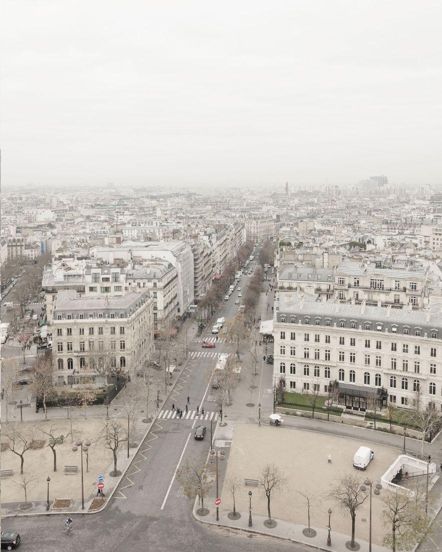 Die Luftaufnahme von Tianducheng (unten) erinnert an Paris (oben).