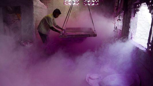 Galerie: 9 Fakten zum farbenfrohen Holi-Fest