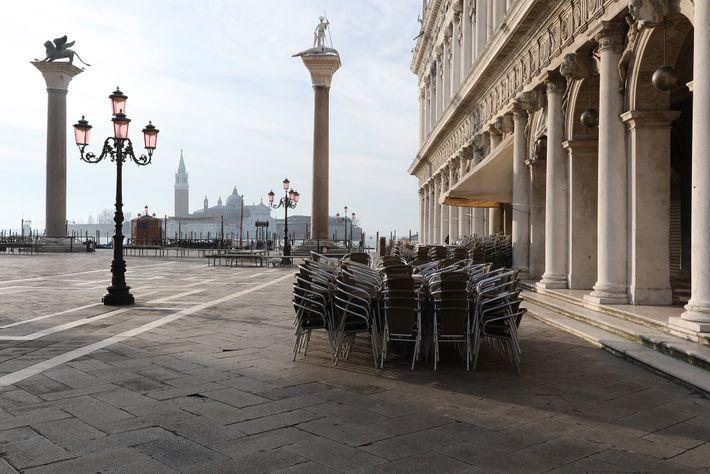 Leerer Piazza San Marko