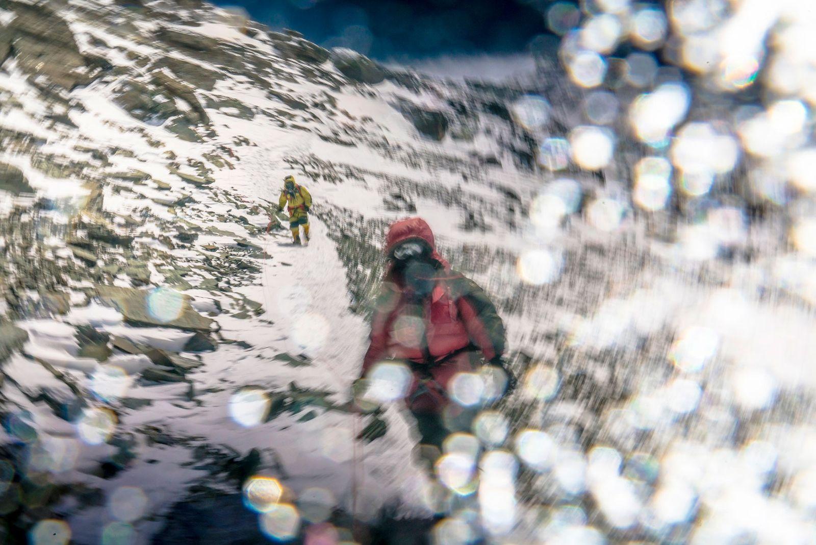 Für Richards zeigt dieses Bild hervorragend, wie die Welt auf über 8.000 Metern Höhe und ohne ...