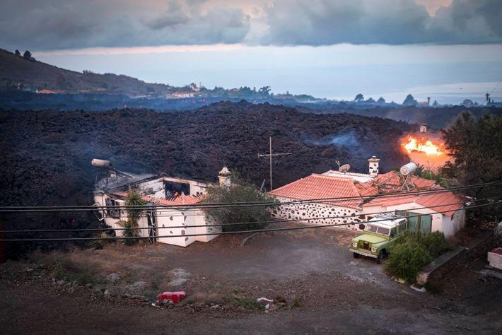 Am 20. September 2021 wurden Tausende Menschen evakuiert und 20 Gebäude durch den Lavastrom zerstört.