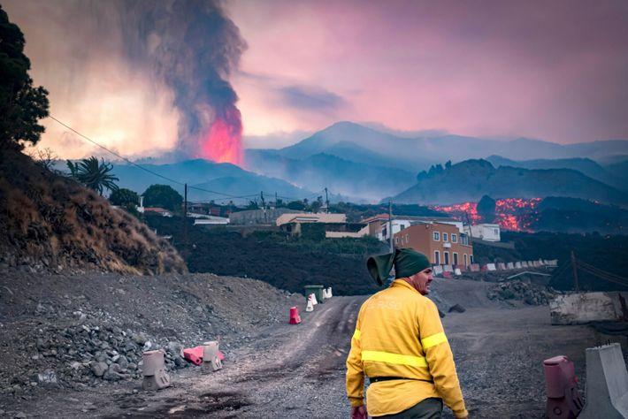 Dem jüngsten Vulkanausbruch ging eine Reihe von Schwarmbeben voraus.