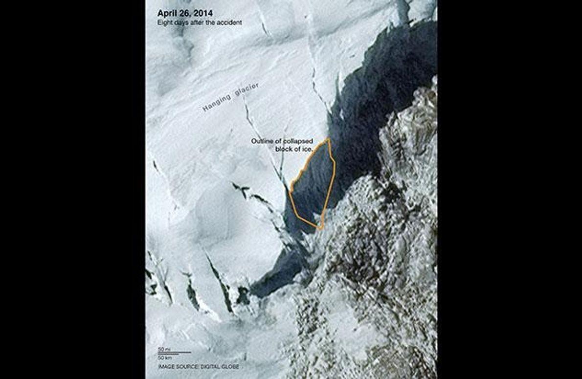 Acht Tage nach dem Unglück ist deutlich zu erkennen, wo sich der Eisblock gelöst hat (orange …