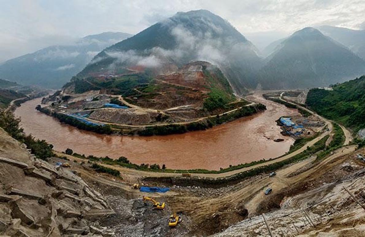 Als dieses Foto (Panoramaansicht aus zwei Bildern) im Jahr 2012 aufgenommen wurde, war der Bau der …