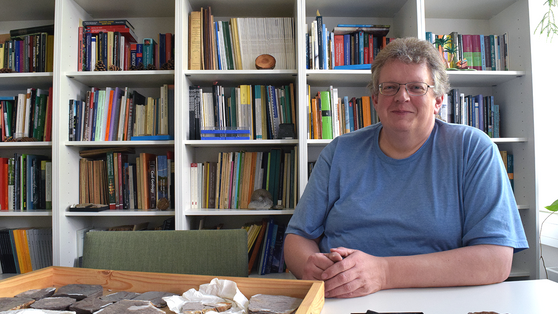 Die Macht der Urzeitfeuer: Paläobotaniker Prof. Dr. Dieter Uhl im Porträt