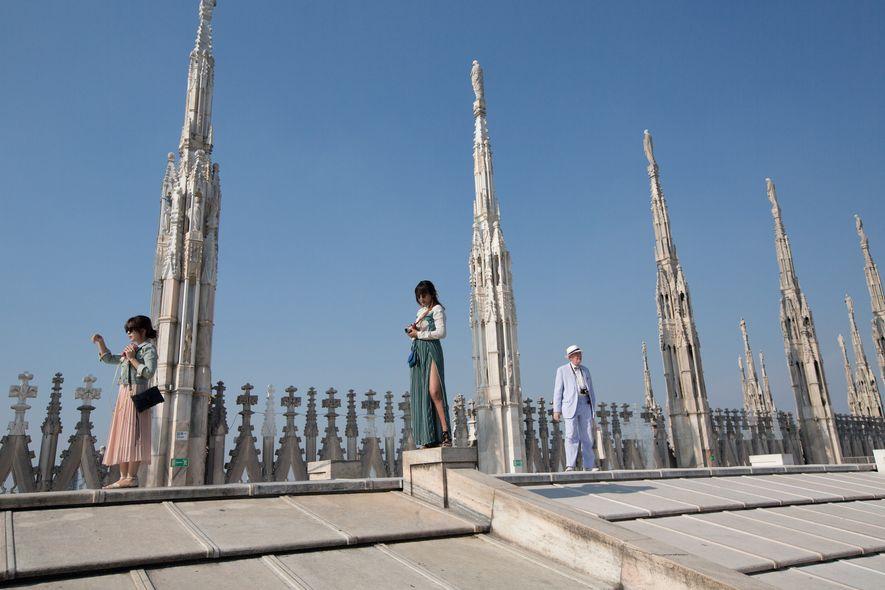 Der Mailänder Dom (Duomo di Milano) zählt zu den berühmtesten Wahrzeichen der Stadt. Der Bau dieses ...