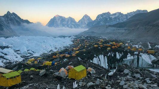 Wie lebt es sich im Basislager des Mount Everest?