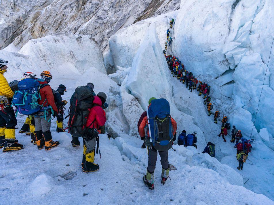 Zum Mount Everest bitte hinten anstellen