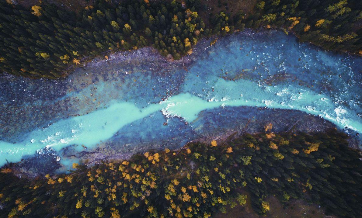 Blauer Fluss