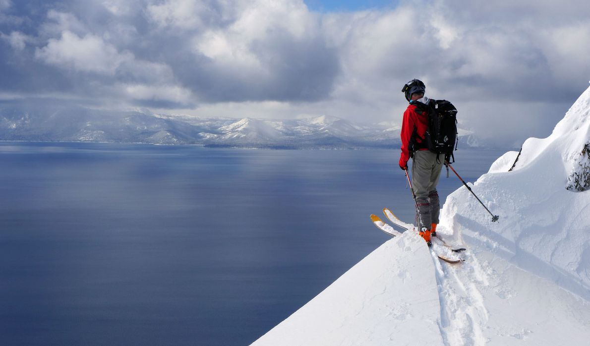 Skifahrer am Lake Tahoe