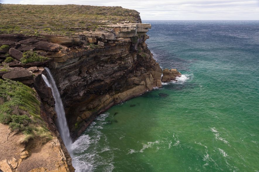 Dieser Küstenbereich hält neben atemberaubenden Landschaften auch zahlreiche kulturhistorische Schätze bereit, darunter eine lange Besiedlungsgeschichte, die ...