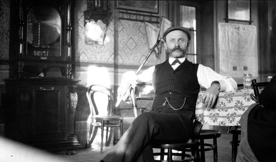 1901 versuchte Fairchild, in Bayern den besten Hopfen der Welt zu ergattern. Er schmeichelte dem Wirt, ...