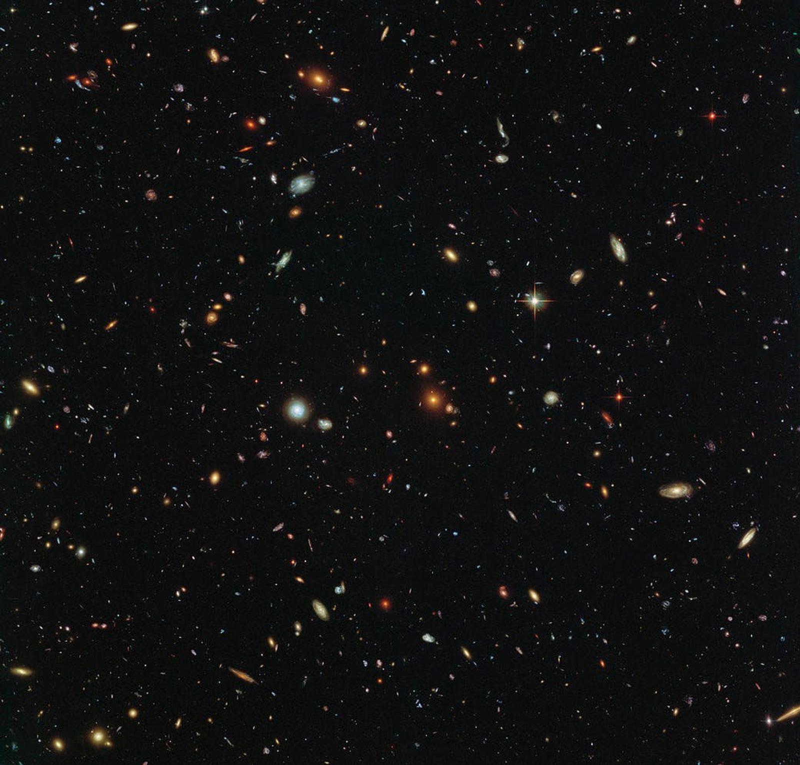 Rätselhafte Galaxie ohne Dunkle Materie gefunden