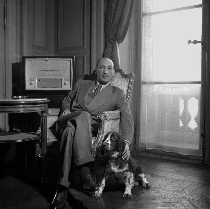 Mohammed Zahir Schah, der letzte König von Afghanistan, in Frankreich, 1950.