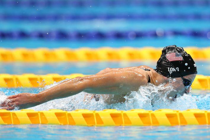 Jessica Long vom Team United States tritt während des 34-Punkte-Finales der 4x100-Meter-Medley-Staffel der Frauen an, wo ...