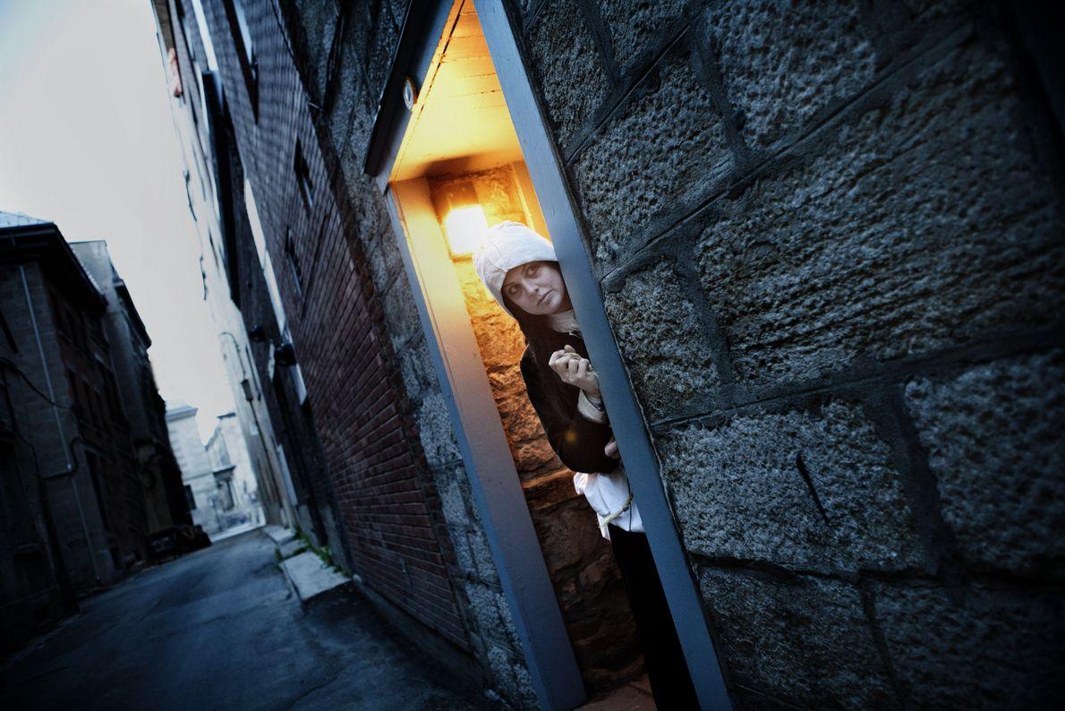 Guideatour entführt Besucher auf eine gespenstische Thementour, bei der sie Montréals Altstadt auf ganz neue Weise ...