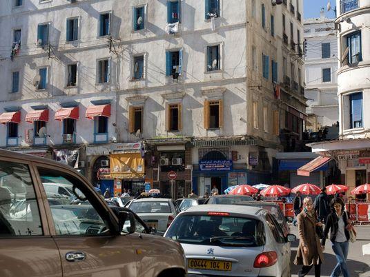 Die Welt ist bleifrei: Algerien verhängt als letztes Land Verbot für verbleites Benzin