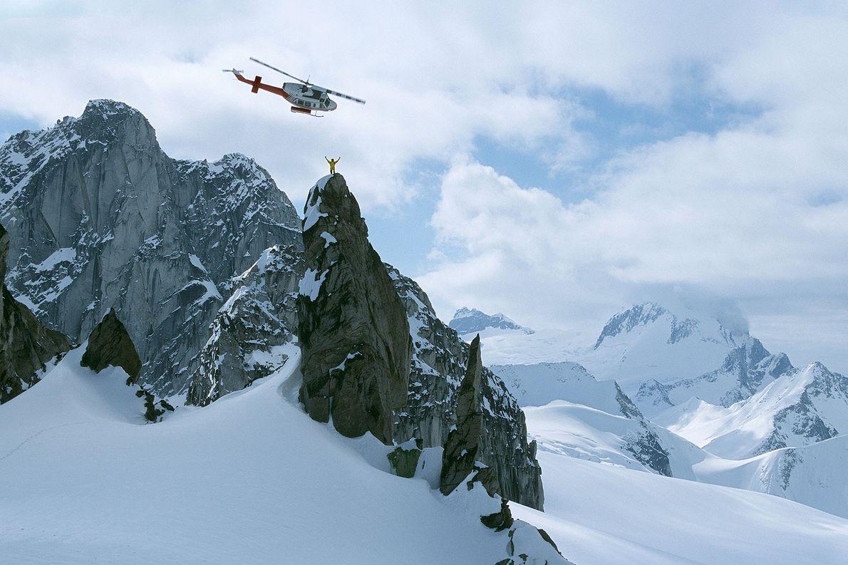Heliskiing in grandiosen Bergketten