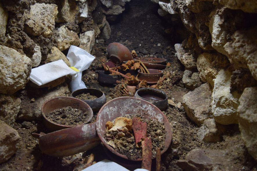 Alter Maya-König in Grab der Tausendfüßer-Dynastie entdeckt