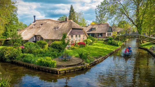 Autos nicht erwünscht: Ein Märchendorf in den Niederlanden