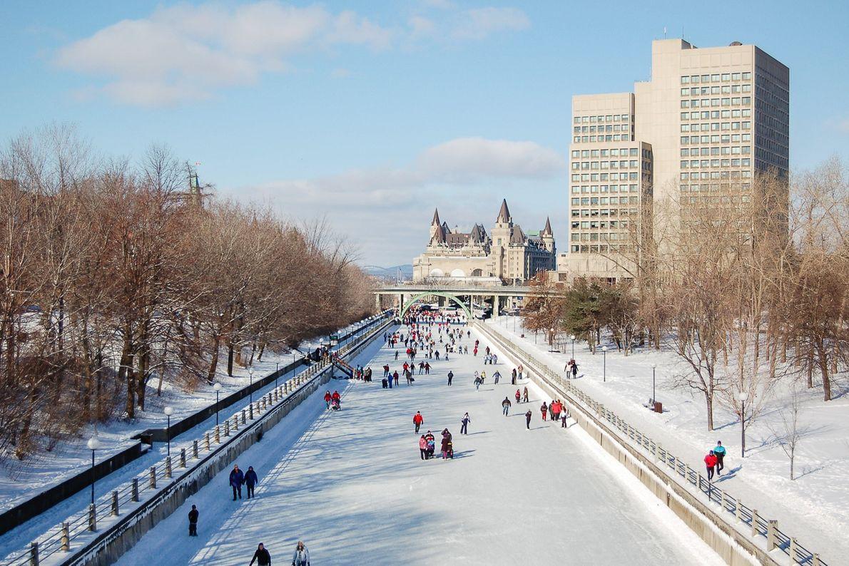 Eislaufbahn in Stadt